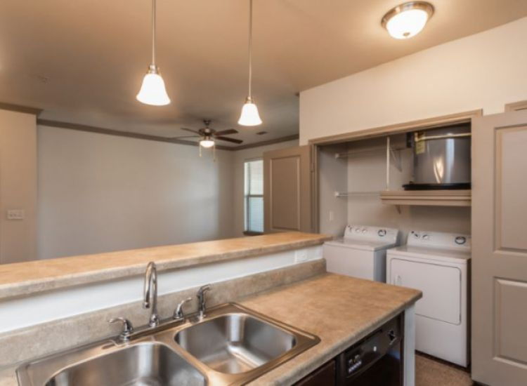 Unit - Kitchen and Laundry Nook